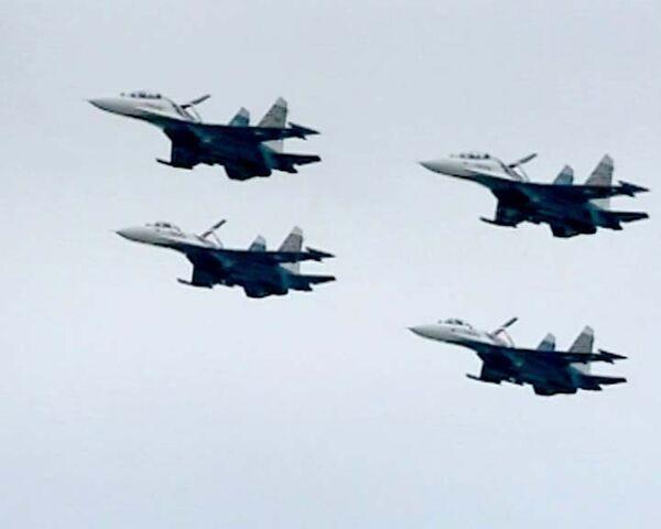 Русские Витязи почтили память погибшего командира в воздухе