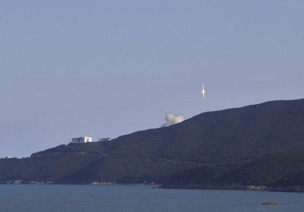Южная Корея запустила первую ракету в космос