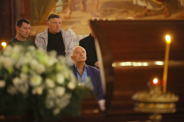 Никита Михалков на церемонии прощания с Сергеем Михалковым