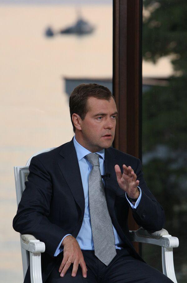 Интервью президента РФ Д.Медведева программе Вести недели