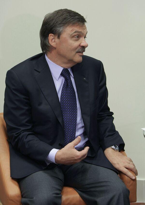 Рене Фазель на встрече с премьер-министром РФ В.Путиным