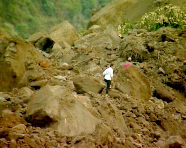 Разрушительное землетрясение в Индонезии