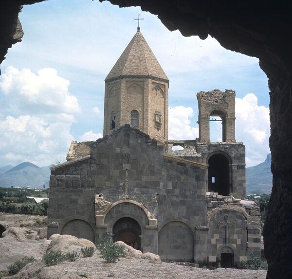 Армянская церковь. Архив