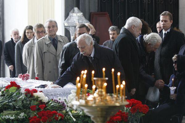 Похороны журналиста Игоря Голембиовского