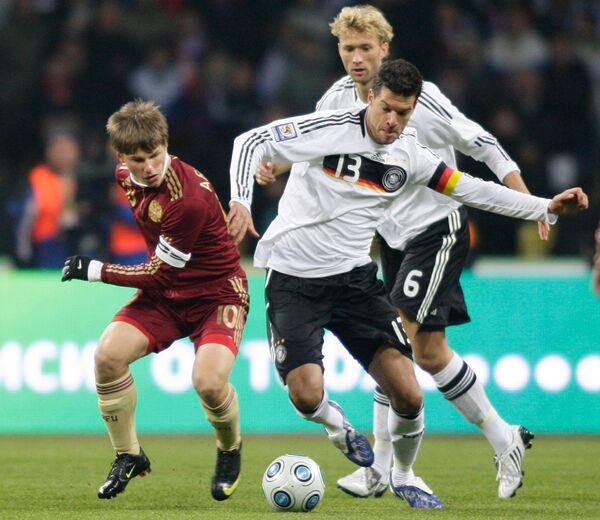 Игровой момент матча сборная России - сборная Германии