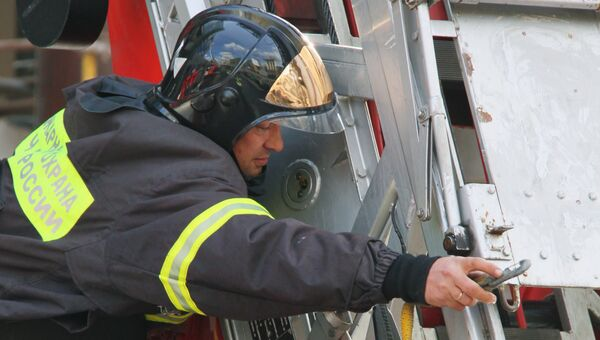Пожар в строящемся здании торгового центра Lotte Plaza в Москве