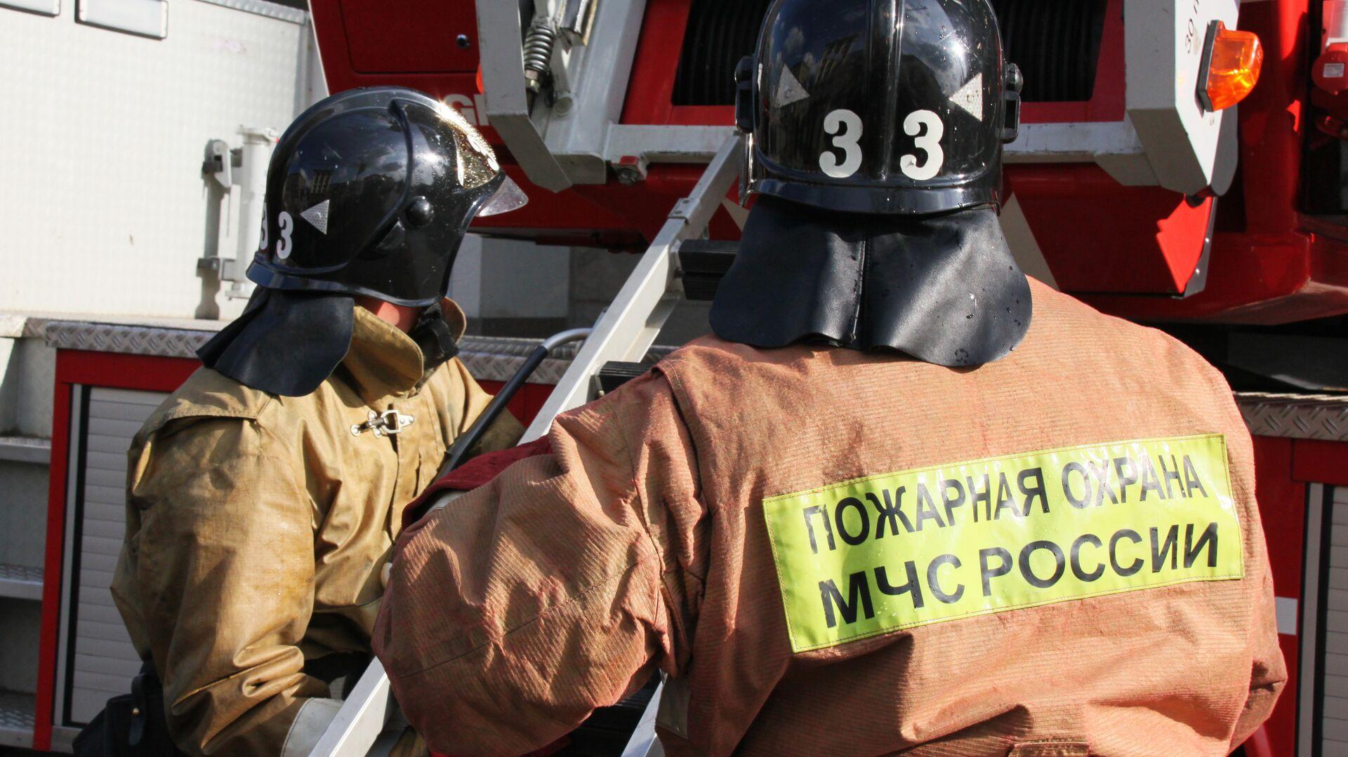 Пожар в строящемся здании торгового центра Lotte Plaza в Москве - РИА Новости, 1920, 08.03.2021