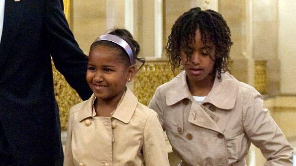 Дочери президента США Барака Обамы - Малия и Саша