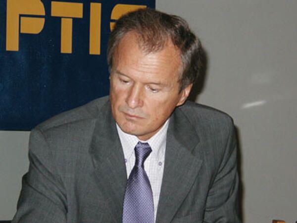 Лидер Украинской народной партии (УНП) Юрий Костенко