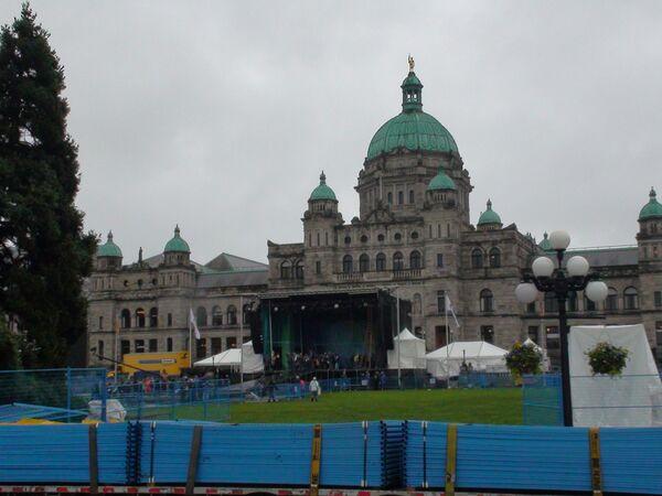 Город Виктория за день до старта эстафеты Олимпийского огня Игр-2010 в Канаде