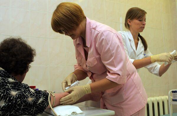 5 млн москвичей были привиты от гриппа сезонного и  A/H1N1 с сентября. Архив