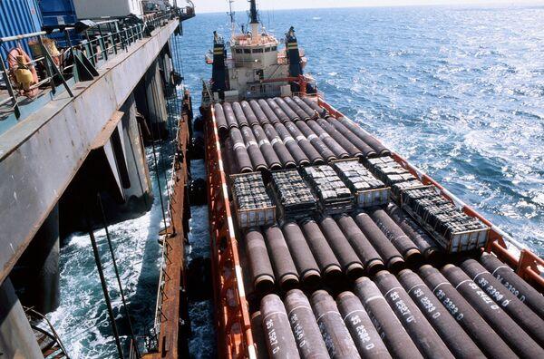 Прокладка газопровода Северный поток в водах Балтийского моря