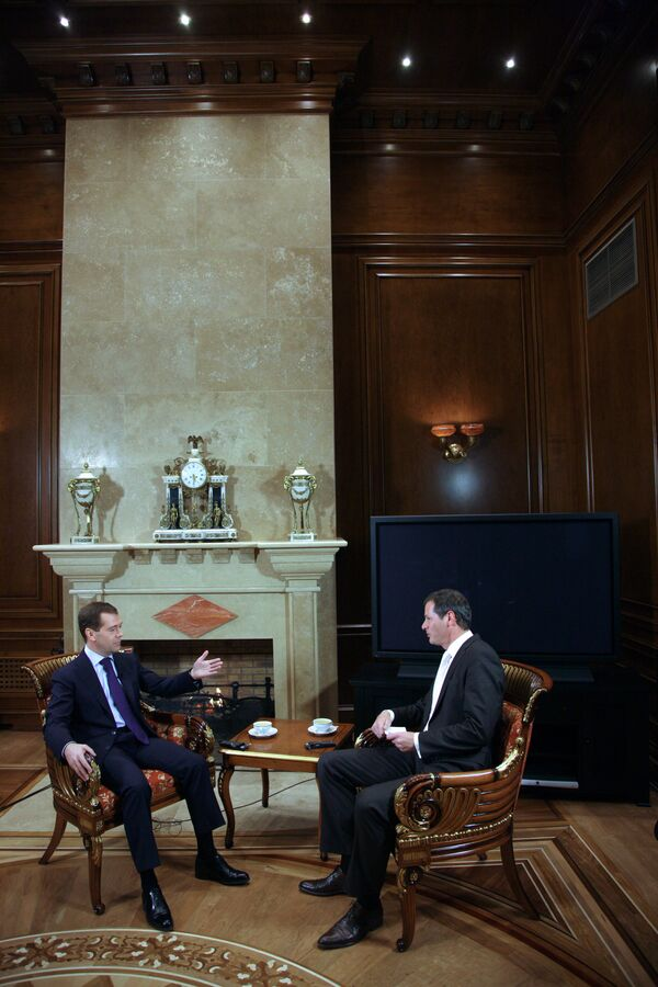 Интервью президента РФ Дмитрия Медведева представителям журнала Der Spiegel