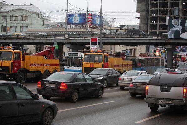 Комитет СФ рекомендовал одобрить закон о транспортном налоге