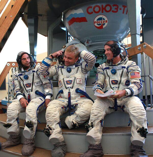 Комплексная тренировка экипажа 21-й экспедиции на МКС