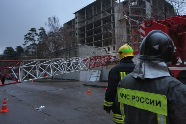 Лифт упал на рабочего с 24-го этажа на новостройке на востоке Москвы