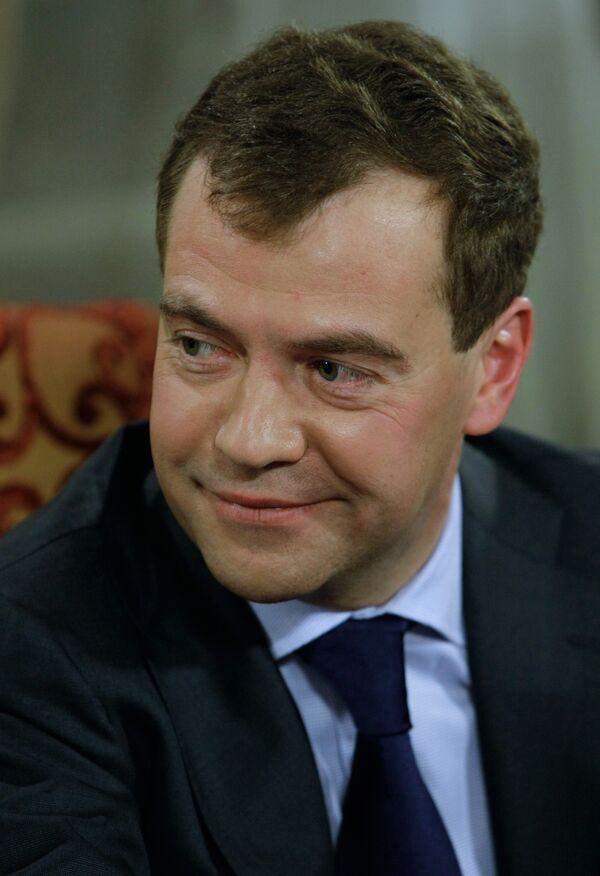 Медведев поздравил российских мусульман с праздником Курбан-байрам