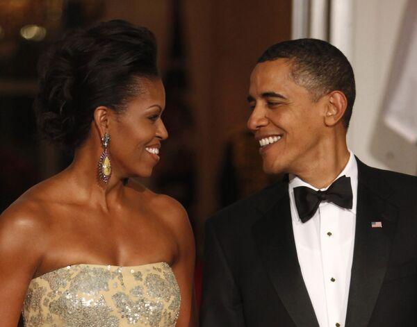 Президент США Барак Обама с супругой Мишель пред началом официального обеда в честь премьер-министра Индии Манмохана Сингха