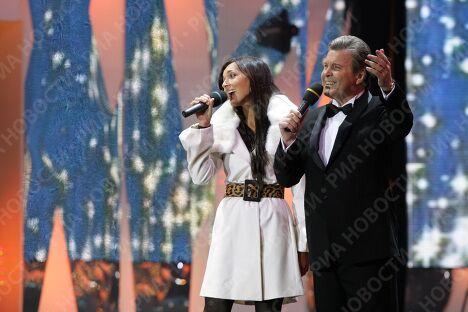 Певцы Лев Лещенко и Алсу