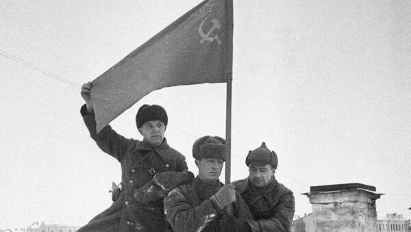 Выиграв битву, Красная армия оттеснила противника от столицы СССР на 100-250 км, устранив непосредственную угрозу Москве и окончательно сорвав планы блицкрига.