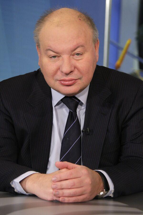 Егор Гайдар во время последнего интервью. 15 декабря 2009 года