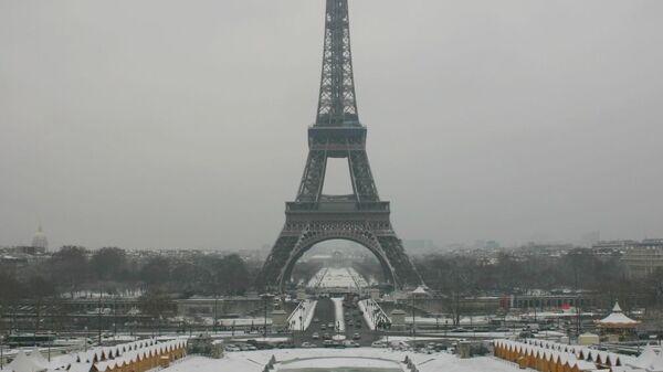 Париж под снежным одеялом