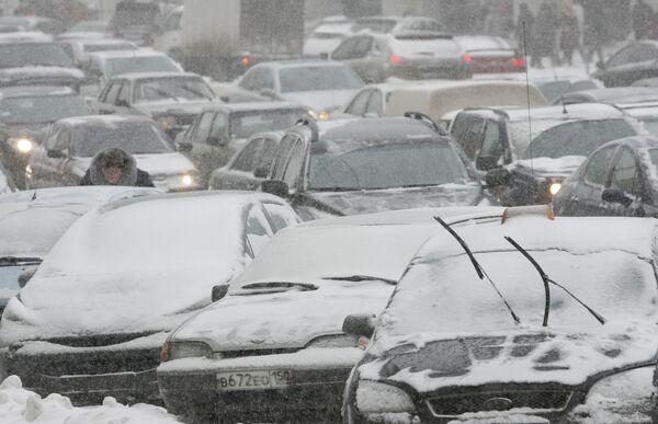 Снегопады в Петербурге установили сразу несколько рекордов