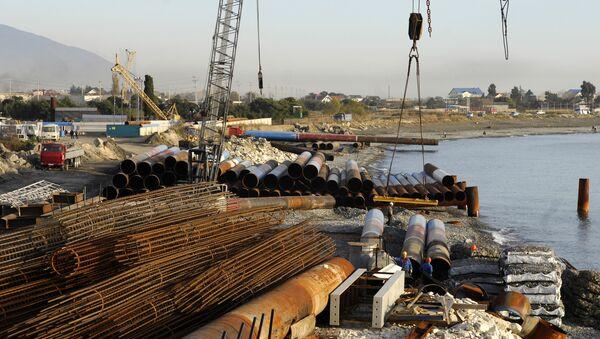 Строительство грузового порта в в Сочи. Архив