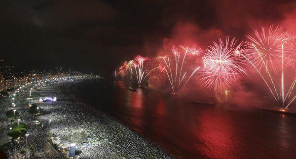 Новогодний фейерверк в Рио-де-Жанейро