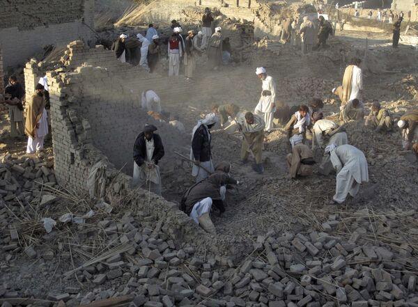 Число жертв теракта в Пакистане достигло 96 человек