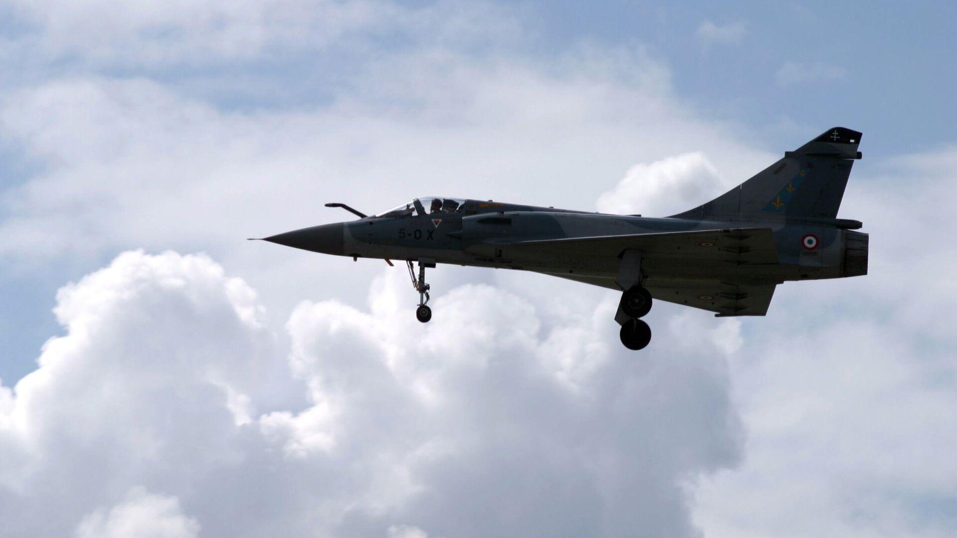 Французский истребитель Мираж-200 на МАКС-2005 - РИА Новости, 1920, 17.02.2021