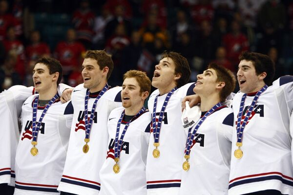 Молодежная сборная США по хоккею