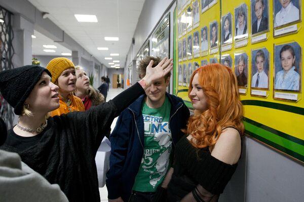 Режиссер Валерия Гай Германика снимает сериал Школа