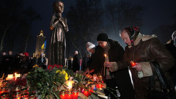 Мемориал памяти жертв голодомора 1932-1933 годов в Киеве. Архивное фото