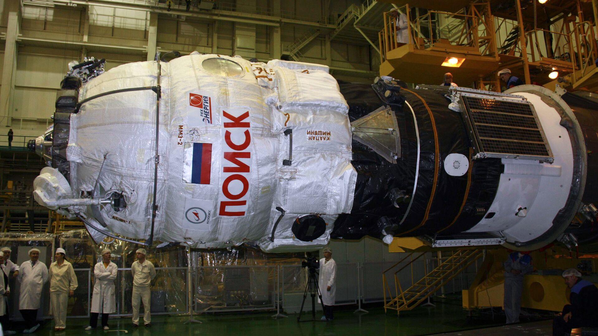 Космонавты впервые открыли запертый 11 лет люк с МКС в вакуум