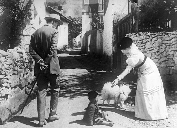 Кадр из фильма Дама с собачкой