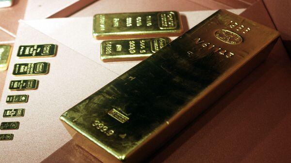 Запасы золота в международных резервах РФ выросли в августе на 0,7%