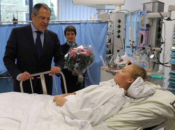 Сергей Лавров навестил в мюнхенской клинике бобслеистку Ирину Скворцову