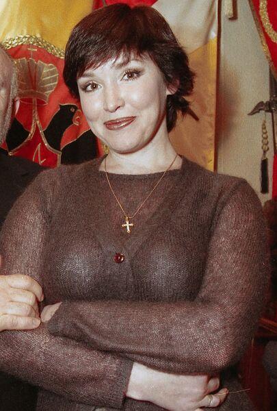 Анна Самохина на открытии ресторана Граф Суворов