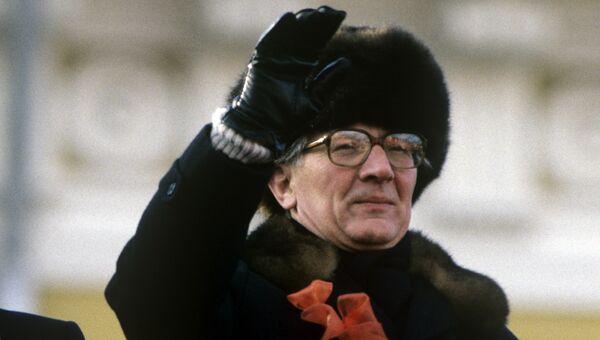 Генеральный секретарь ЦК СЕПГ, Председатель Государственного совета ГДР Эрих Хонеккер