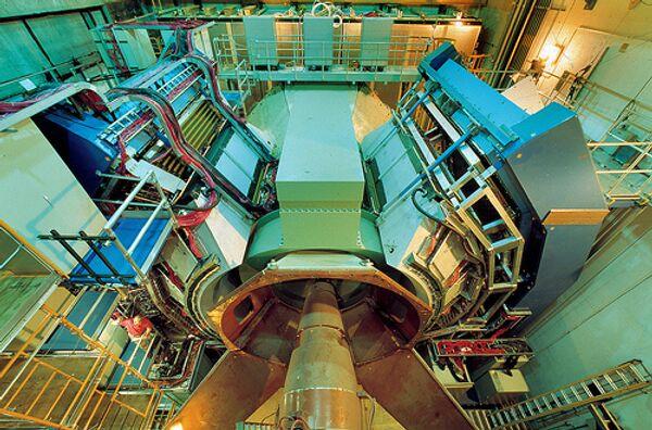 Детектор PHENIX коллайдера тяжелых ионов RHIC в Брукхейвенской национальной лаборатории (США), архивное фото