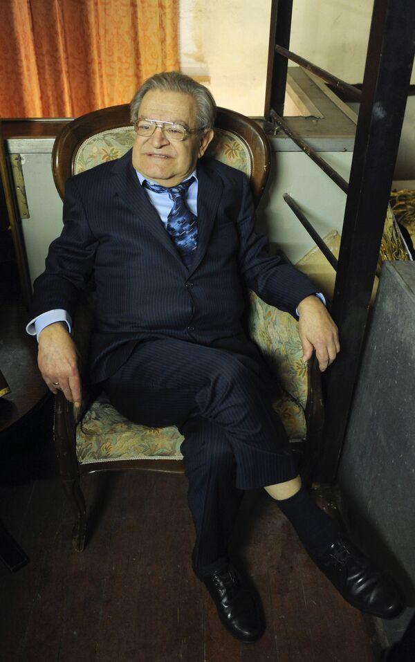 Писатель Фазиль Искандер. Архивное фото