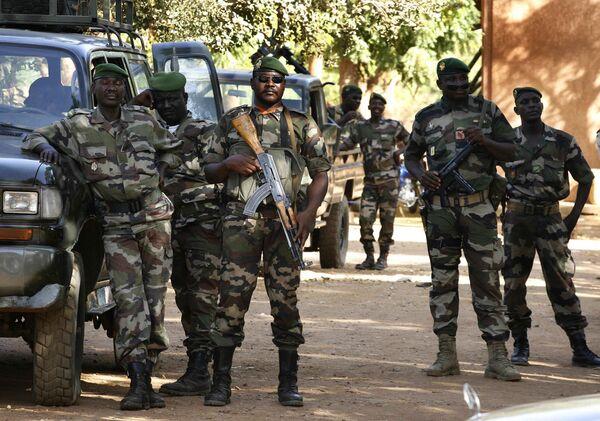 Военная хунта захватила власть в Нигере