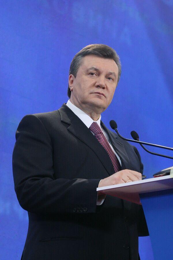 Виктор Янукович во время выступления в пресс-центре в Киеве