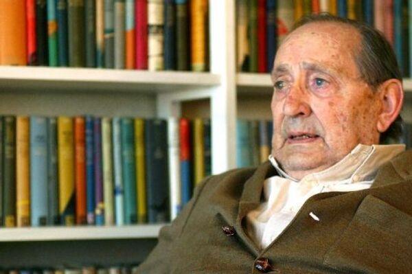 Писатель Мигель Делибес