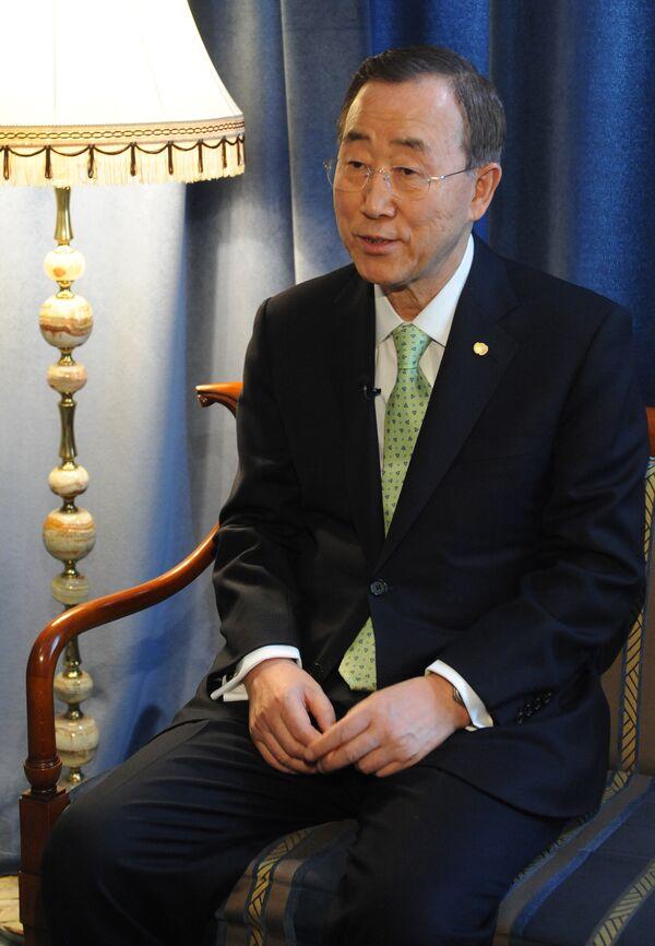 Генеральный секретарь ООН Пан Ги Мун во время интервью в Москве