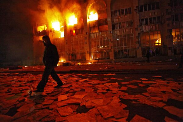 Столкновения и погромы на улицах Бишкека