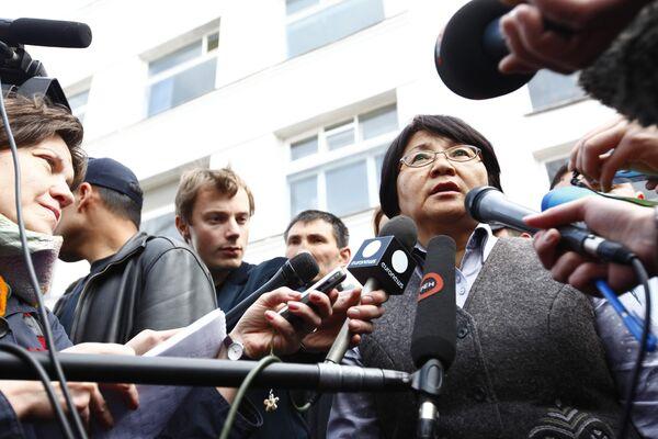 Глава временного правительства Киргизии Роза Отунбаева. Архив