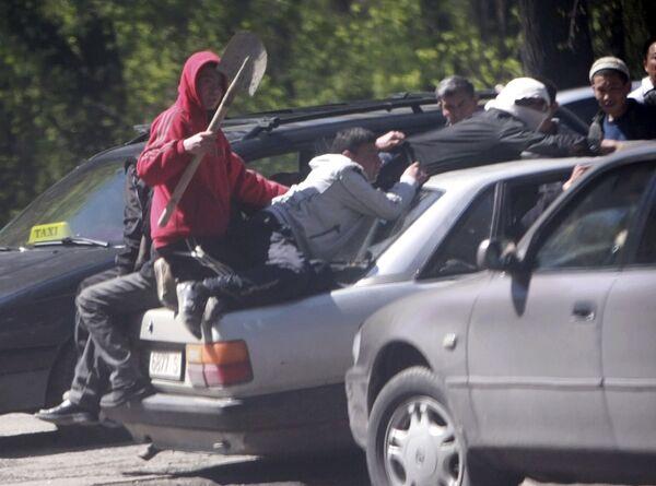 Беспорядки на окраине Бишкека