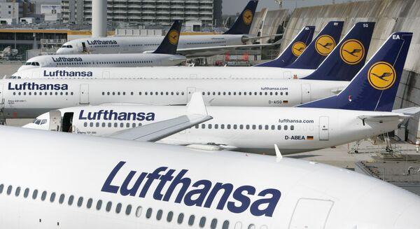Самолеты авиакомпании Lufthansa в аэропорту Франкфурта